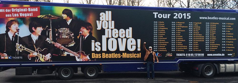 Schauspieler-Alexander-Gregor-auf-Tournee-mit-The-Beatles